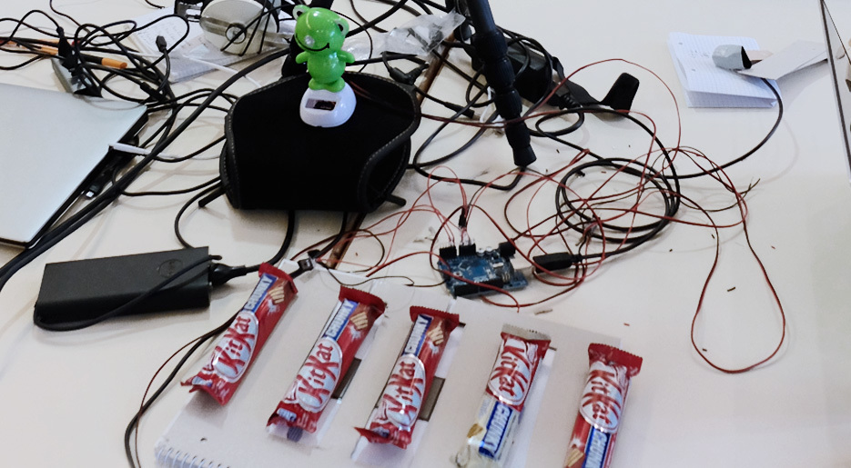 News Uid Hackathon Kitkat 1 935